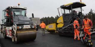 Embedded thumbnail for 02-10-2019 - Wykonanie warstwy wiążącej z betonu asfaltowego przy WED-1.