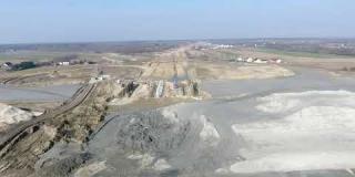 Embedded thumbnail for 28-02-2019 - Widok na Węzeł Kołbiel i obiekt WD-8 w km 23+450.