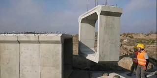 Embedded thumbnail for 17-11-2018 - Montaż prefabrykatów betonowych na przepuście PZM-8.